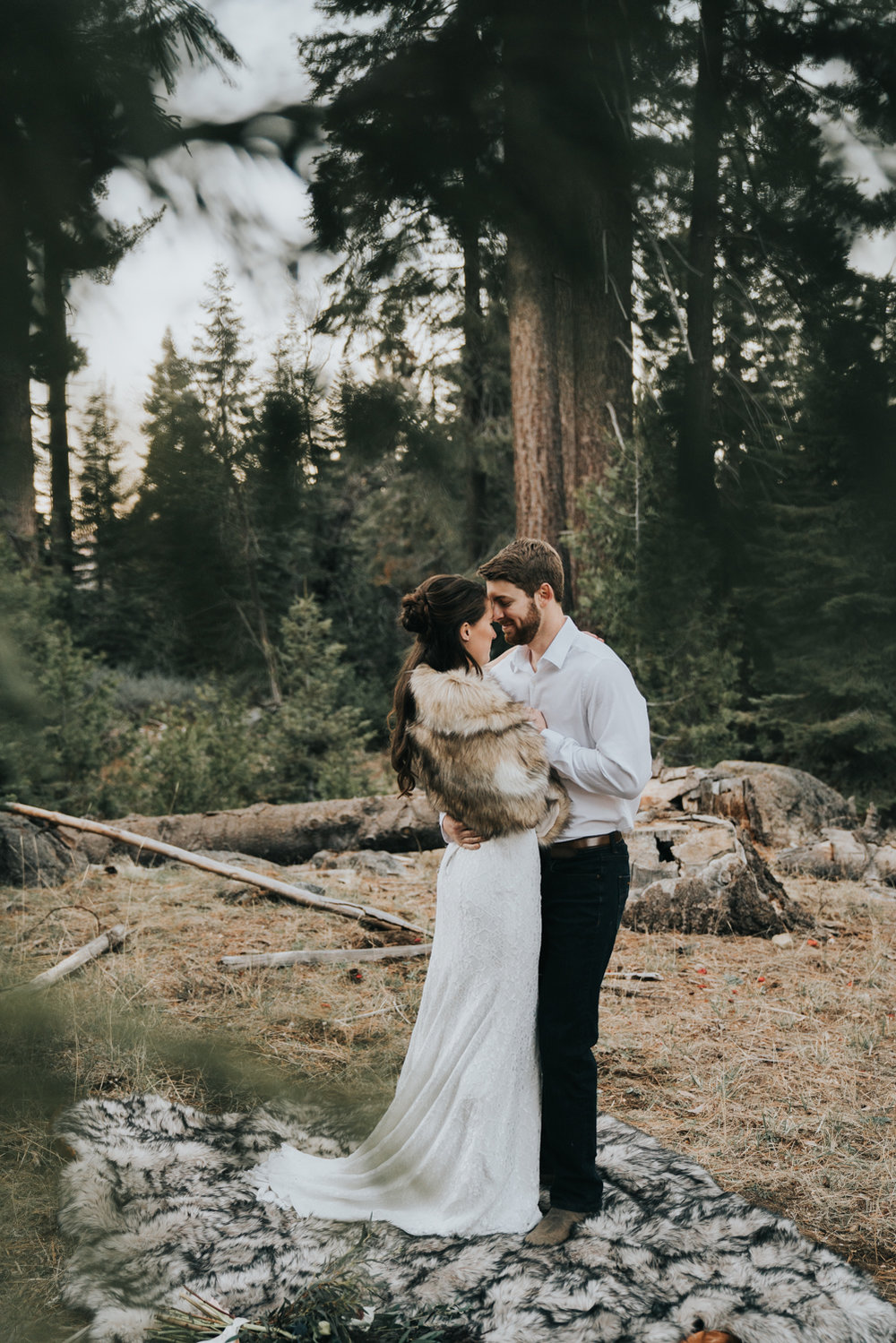 Mountain Elopement in Shaver Lake California by Bessie Young Photography Wild Elopement - Adventure Elopement-87.jpg