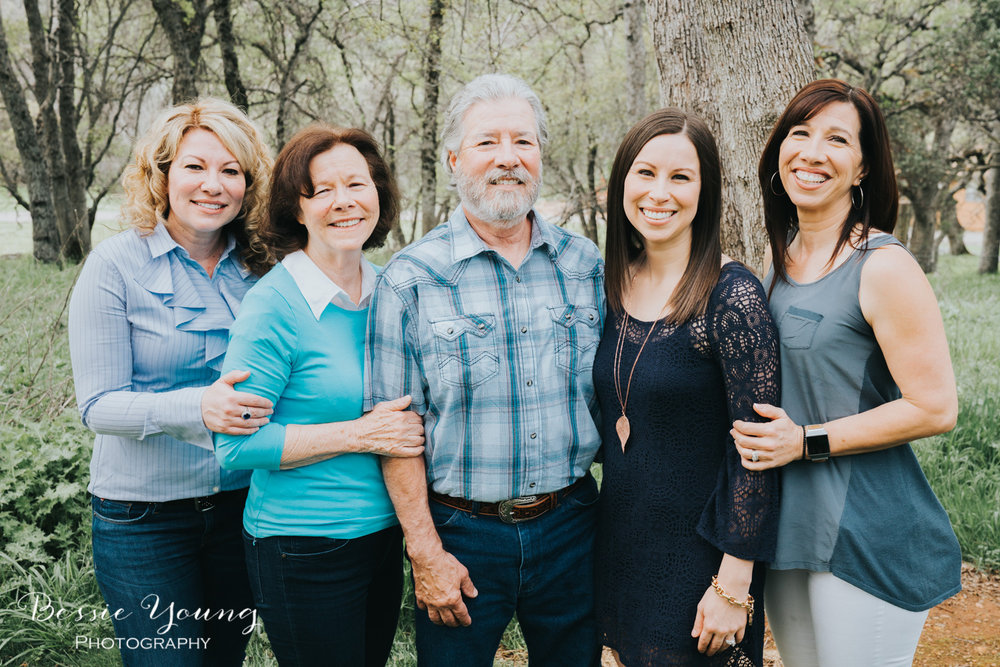 How To Take Large Family Portraits  Copperopolis Family Portraits by Bessie Young Photography 16.jpg