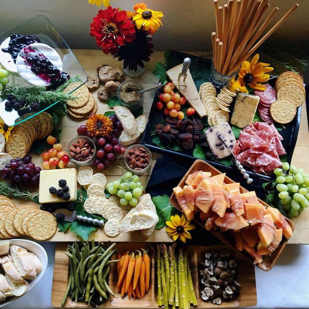 How to choose food for your wedding - Advice from a professional - Fiona's local with Jessica by Bessie Young Photography Wedding Catering Service in Sonora CA.JPG