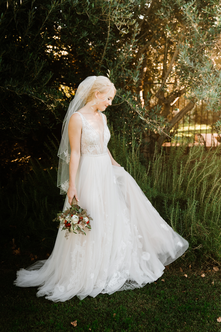 Wedding Dresses lace - by Bessie Young Photography