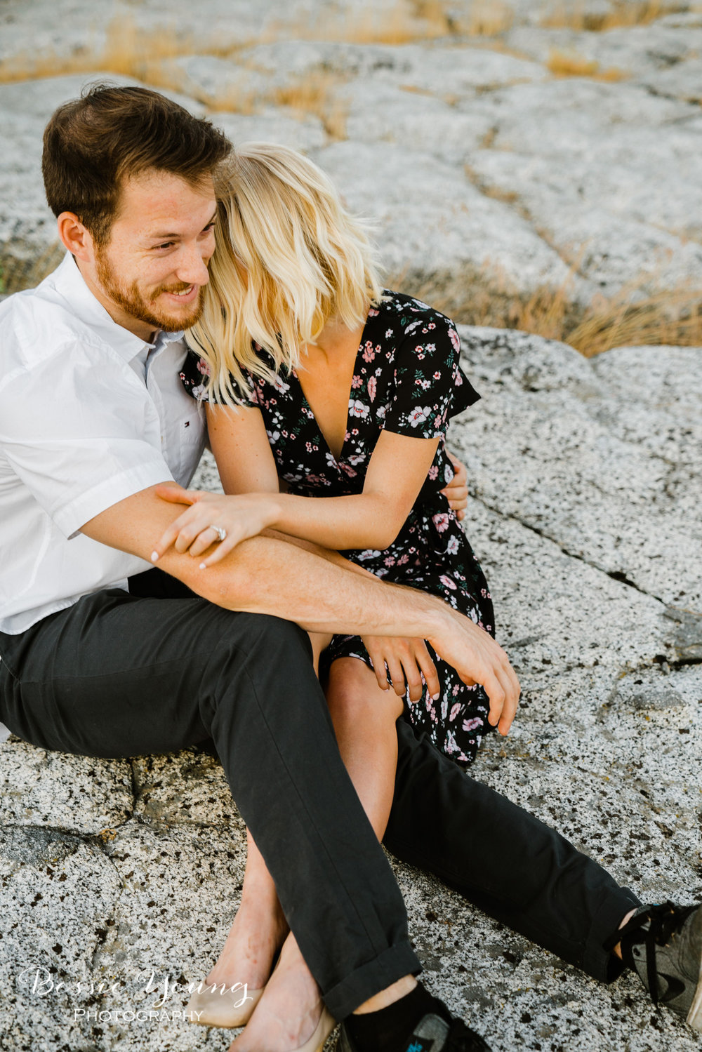 Mountain Engagmenet Photos Ideas by Bessie Young Photography