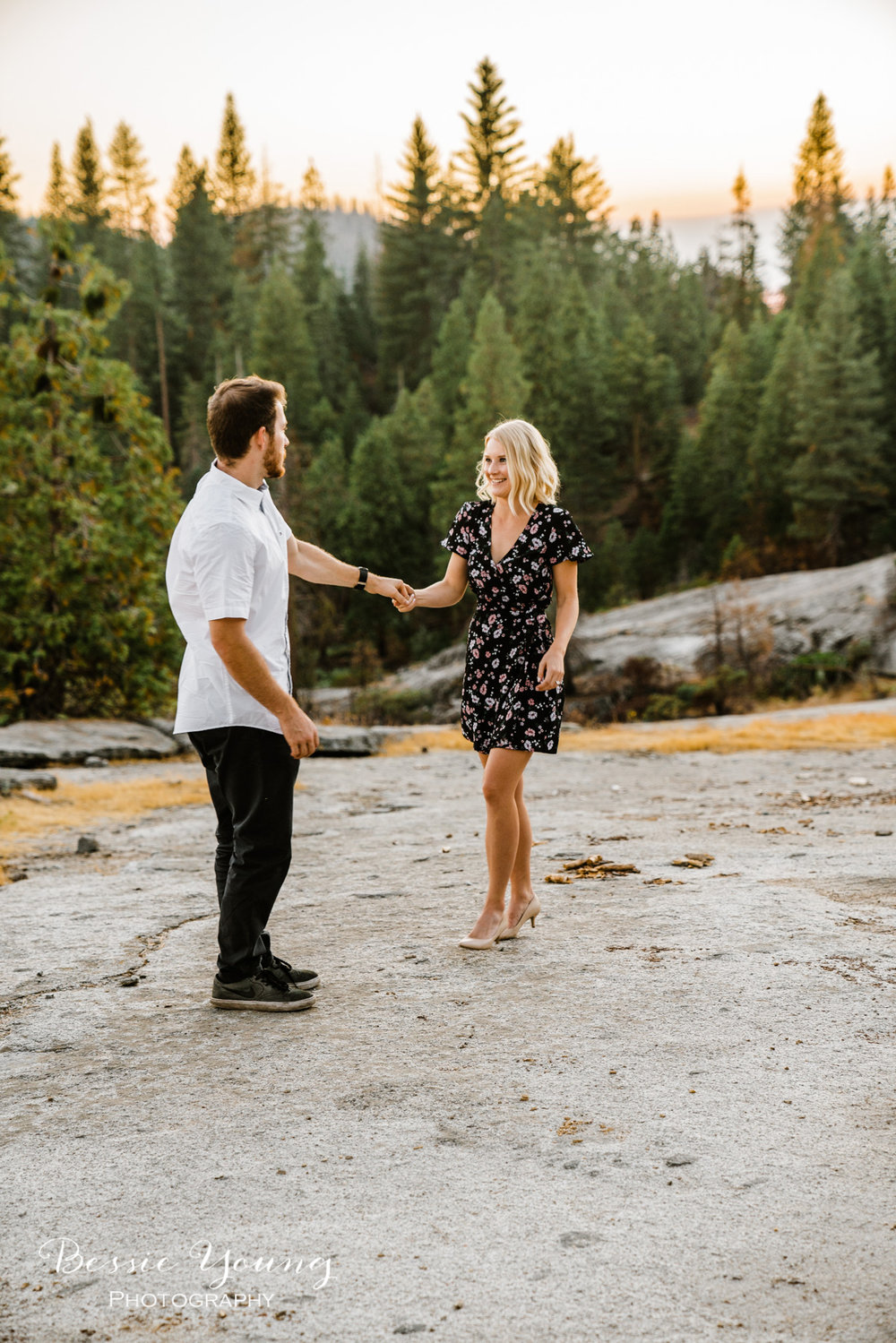 Engagement Photos - Fresno Photographer by Bessie Young Photography