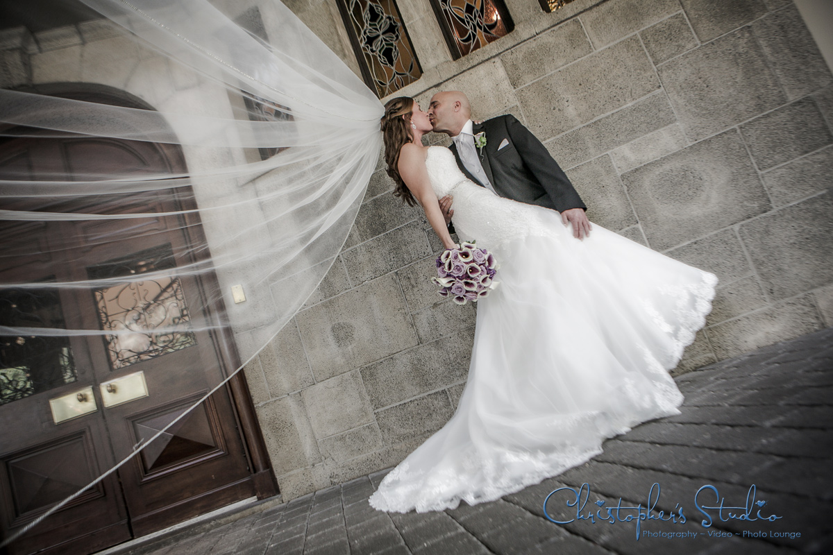 Westchester wedding photographer at Tappan Hill Mansion