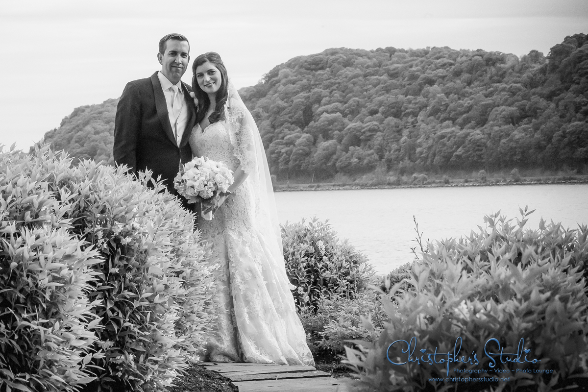 Hudson Valley Wedding Photographer at The Grandview