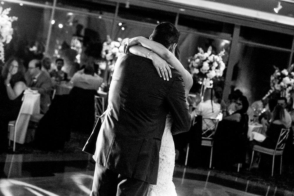 glen-island-harbor-wedding-photography-new-rochelle-b&w