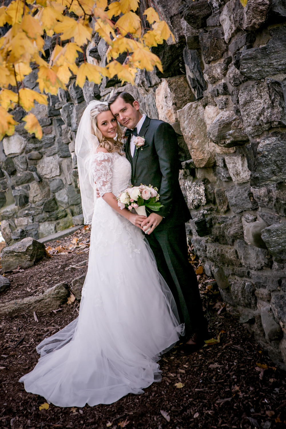 wedding-photography-in-new-york-glen-island-park.jpg
