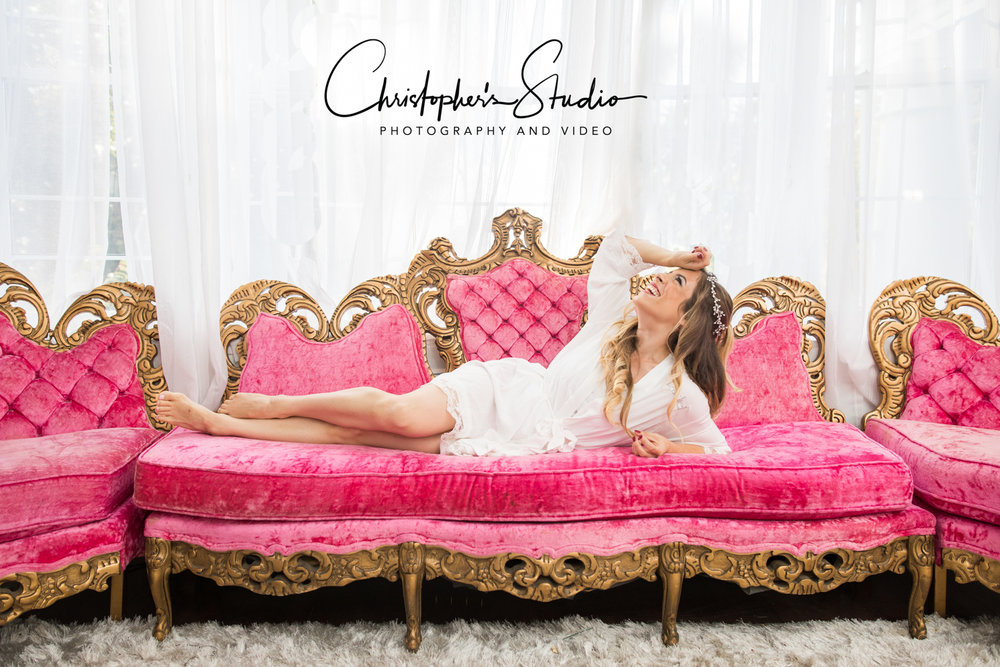 pink-couch-love.jpg