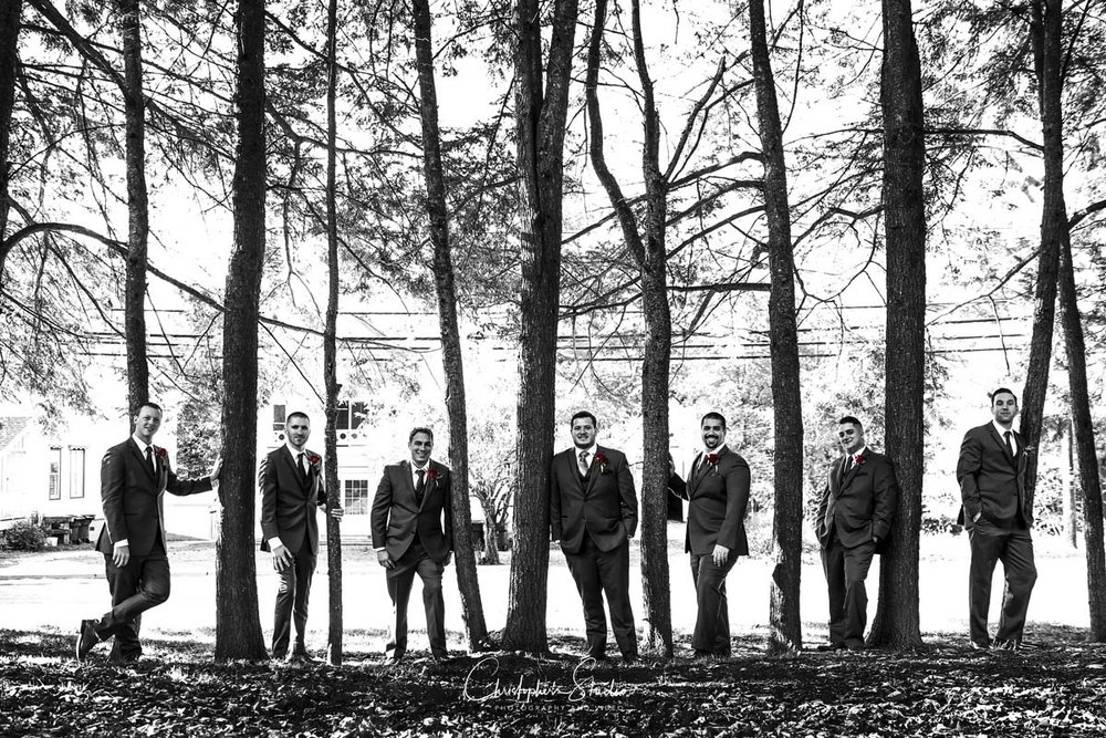 rustic-wedding-photography-at-brotherhood-winery