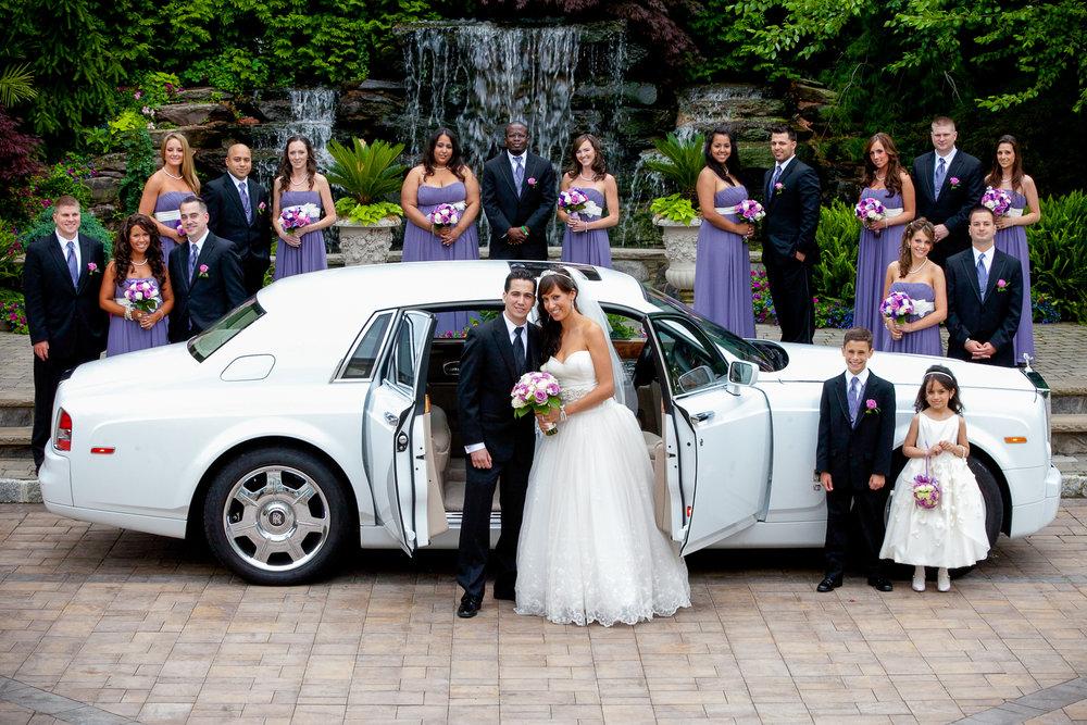 a-bridal-party-photos-at-seasons-bergen-county.jpg