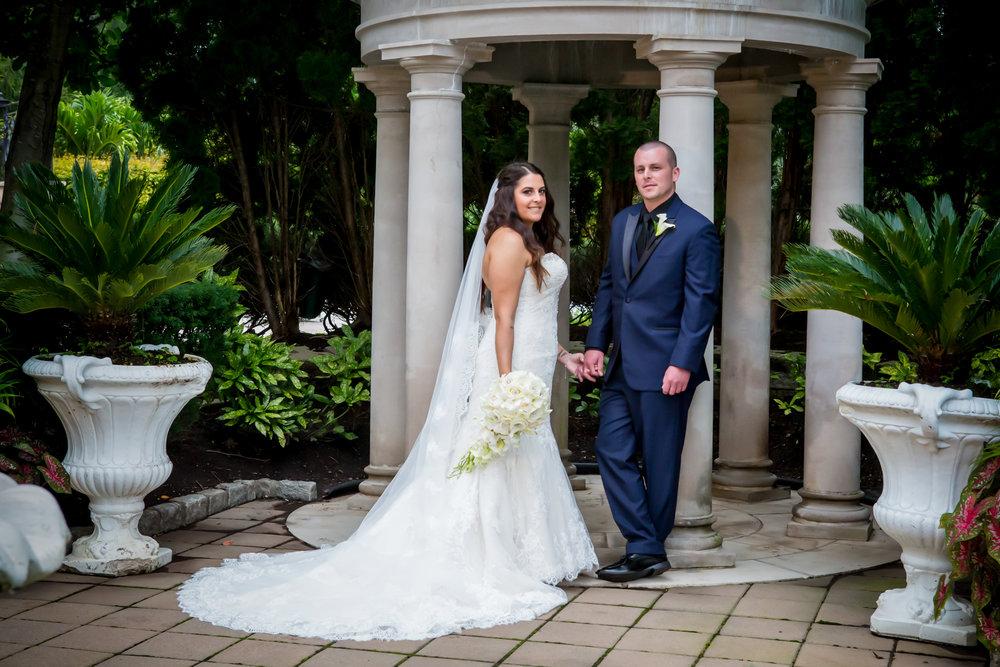gazebo-photos-wedding.jpg
