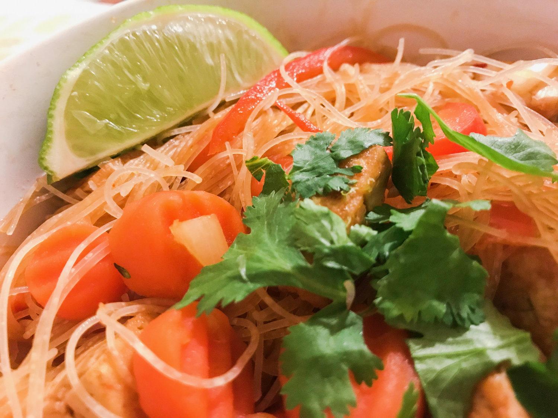 Spicy Vegan Pad Thai — Veg-A-Saurus