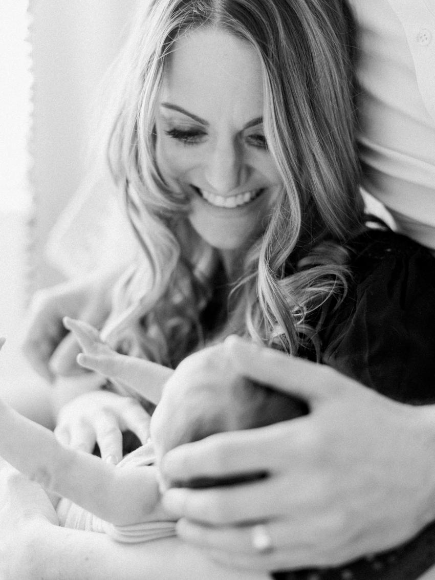 MeganSchmitz-Arlington-newborn-photographer_004.jpg