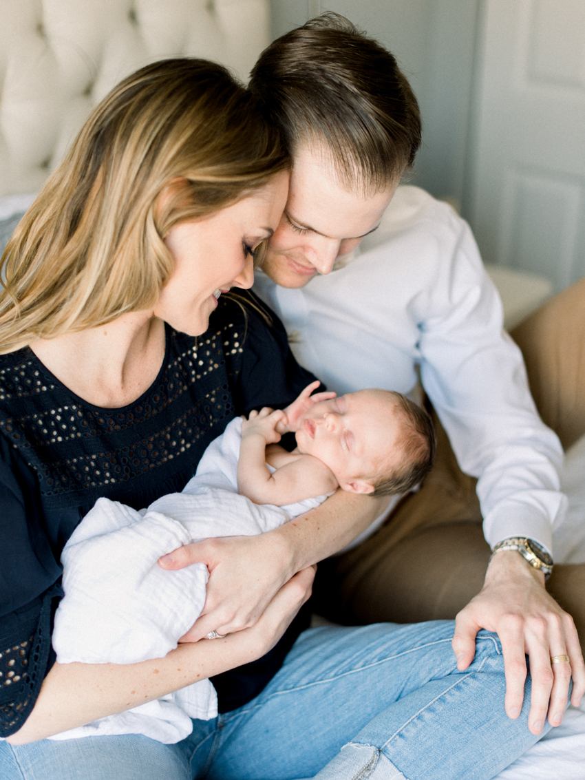 MeganSchmitz-Arlington-newborn-photographer_018.jpg