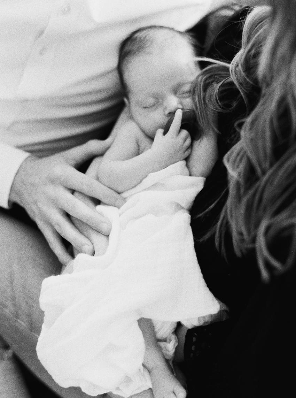 MeganSchmitz-Arlington-newborn-photographer_024.jpg