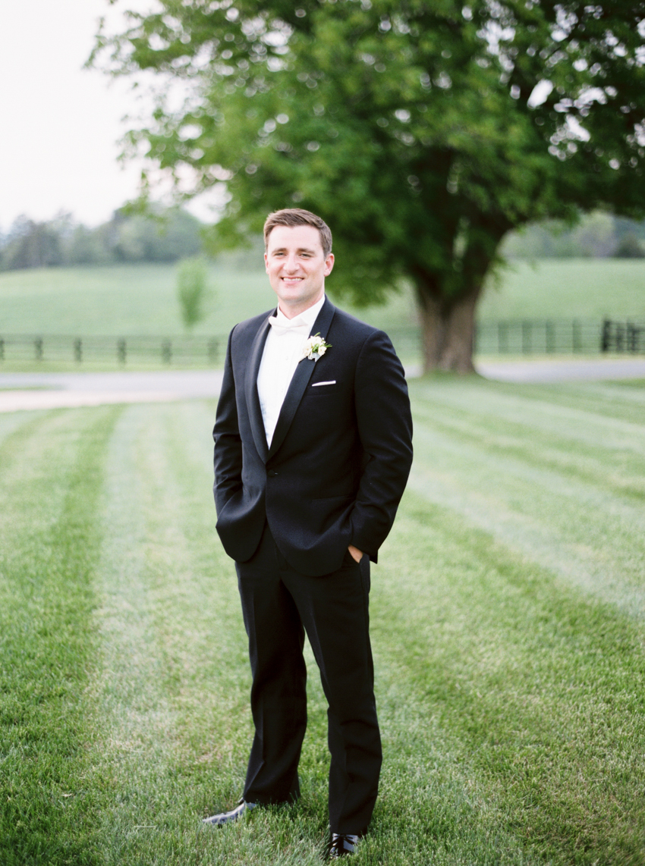 MeganSchmitz-virginia-wedding-photographer_012.jpg