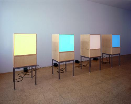 Angela Bulloch, Installation view, 2002