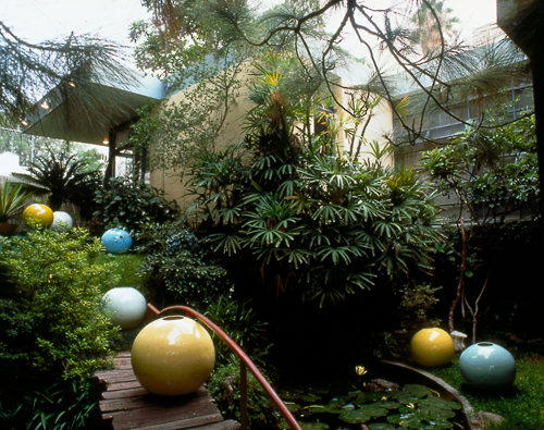Jorge Pardo, Installation view (Jaime's house), 2000