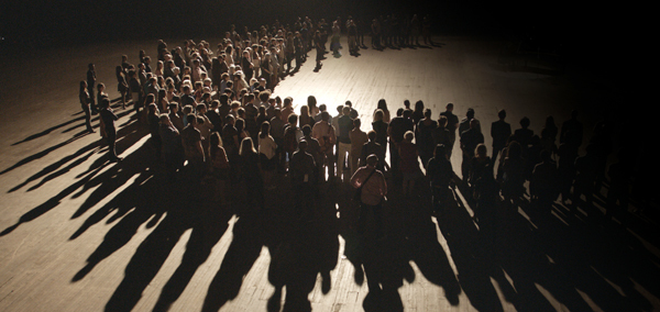 Philippe Parreno, The Crowd, 2015, digital video, color, sound, 24 minutes.