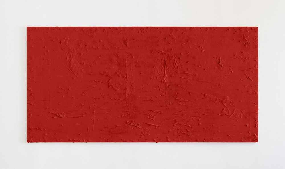 Fiona Connor, Untitled #12 (2511 Sunset Blvd, Los Angeles, CA 90026), 2018. Cast resin, red acrylic paint.