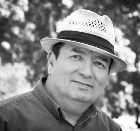 ruben fraire, realtor®  HIGHLAND PARK NATIVE, and Army veteran. He has over 20 years of experience and has not only made a respectable reputation for himself in business but also in his community. his Army experience is something that shows in his business practice. You may see ruben sporting a fedora cruising in his classic convertible around the hills of NorthEast L.os Angeles. He is family ORIENTED and has developed long-term relationships with his clients. CalDRE lic#01123740
