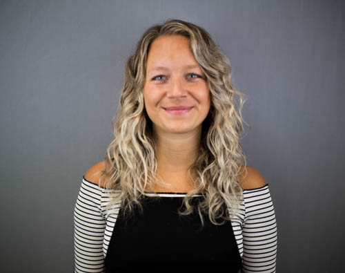 HANNAH Director Cut and Colour   With over 9 years of experience working with Aveda, Hannah enjoys creating soft, natural colours. Hannah is also confident in all aspects of cutting and has a passion and understanding for working with curly hair.