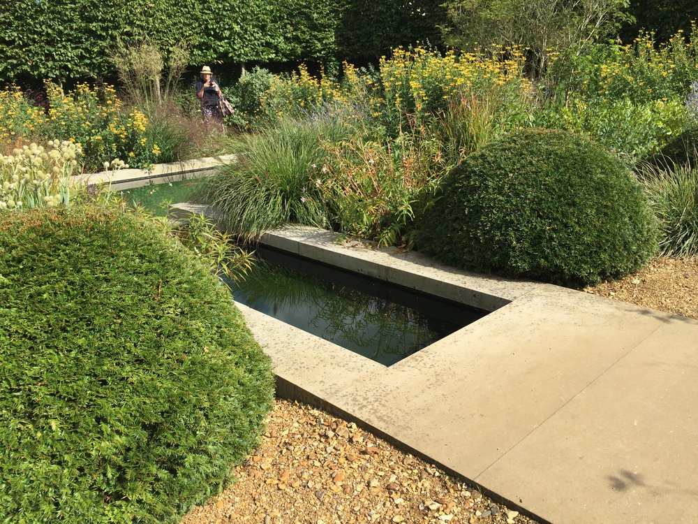 GARDEN REJUVENATION - Practical advice to re-shape an existing outdoors space.This can involve new planting plans. Or sensitive extension of hard landscaping in tune with an existing building and its materials. Do ask about our experience of working closely with architects in this type of work.