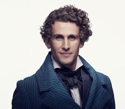 """Nominert til """"Best Actor in a Musical""""   Lars Henrik Aarnes for sin rolle som Marius i Les Misérables"""