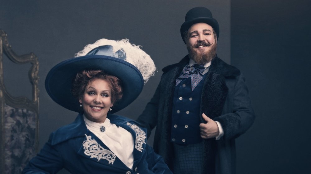 """Nominert til """"Best Actress in a Musical"""" og """"Best Actor in a Musical""""  Solveig Kringlebotn og Markus Bjørlykke for sine roller som Carlotta og Piangi i The Phantom of the Opera"""