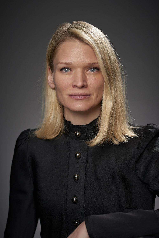 Karianne Jæger Produsent  karianne(@)scenekvelder.no   +47 928 00 318