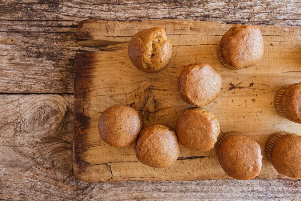 16042014-lemon-poppy-mini-muffinlemon-poppy-mini-muffin.jpg