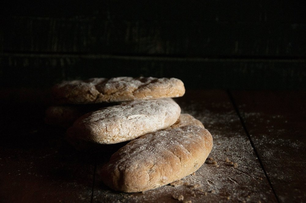 focaccia-olives-pa-sense-gluten.jpg