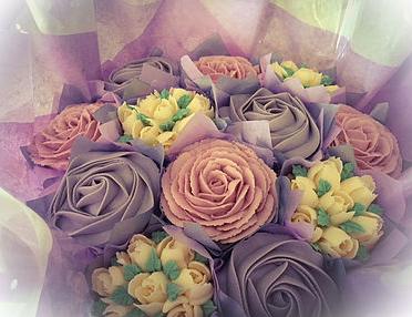 #10-Pretty Little Cakes - Arbroath, Angus, Scotland07846 466452