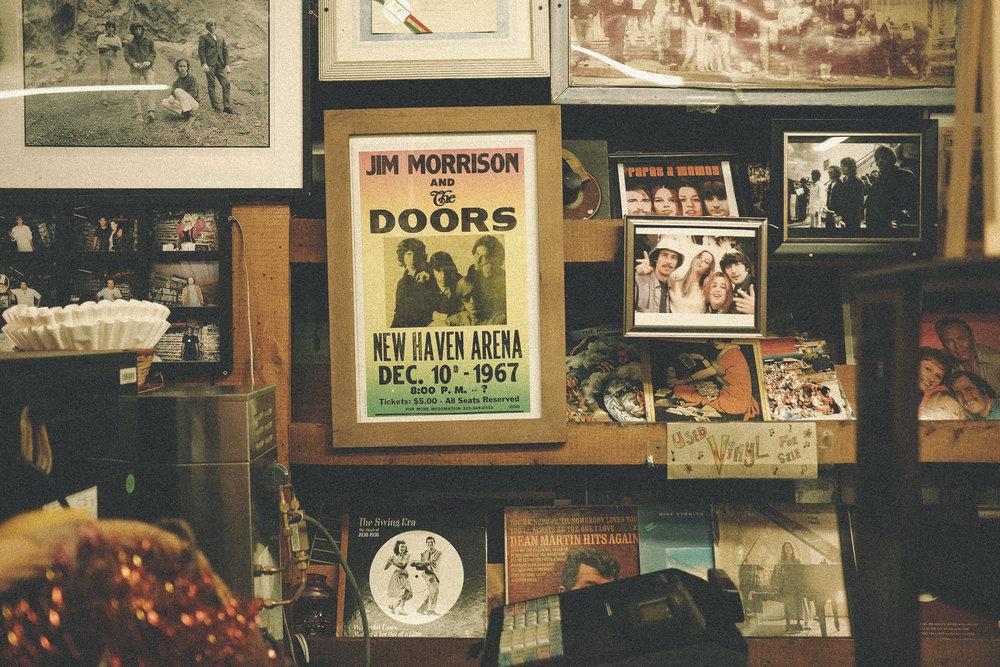 """Laurel Canyon Country Store, neben dem Jim früher in seinem """"House on Love Street"""" gewohnt hat"""