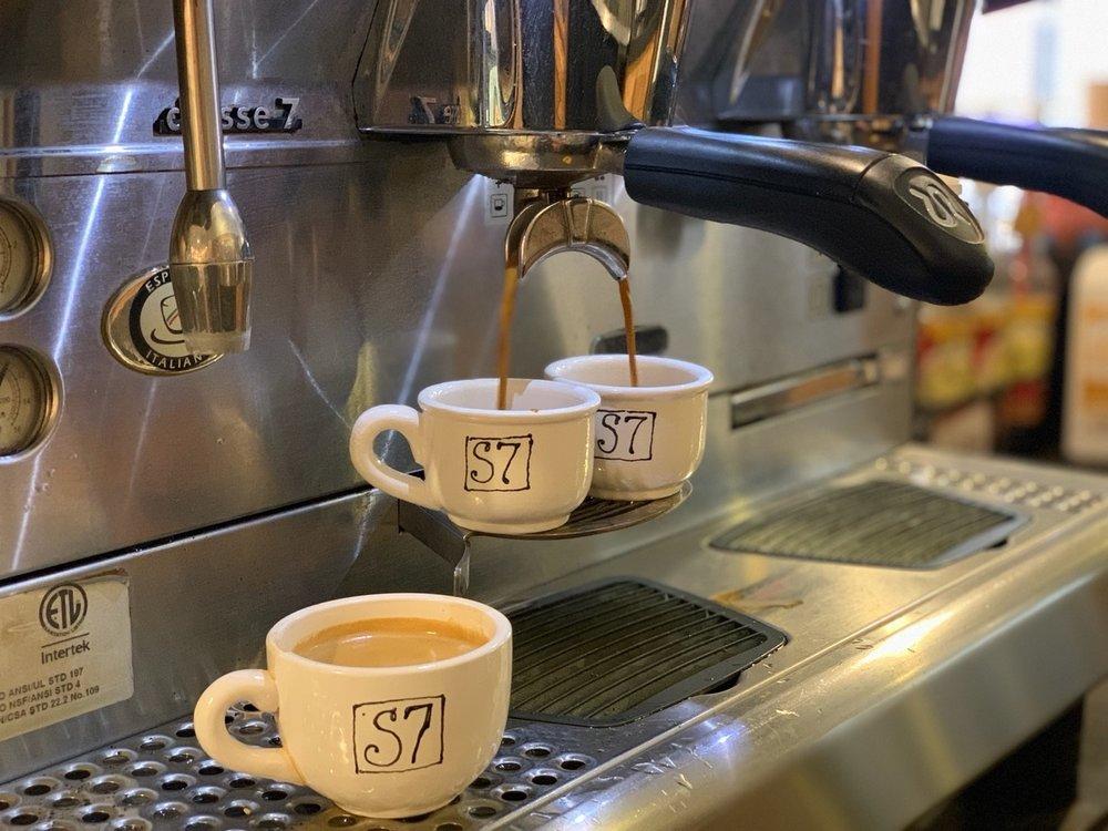 espresso pour.with s7 demis.website album.jpg