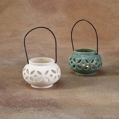 hanging lantern.gare.jpg