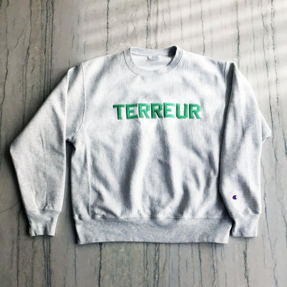 Grey sweater 1.jpg