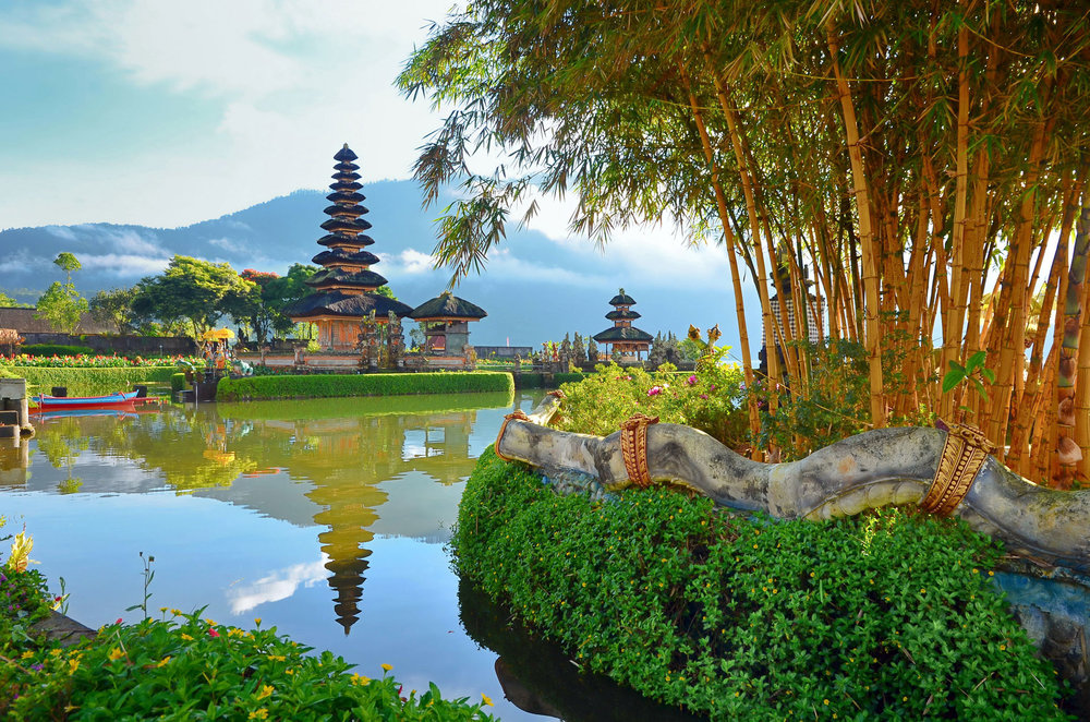 Explore the most photographed temple complex in Bali, the Pura Ulun Danu Bratan temple in the middle of Bali's interior mountains.