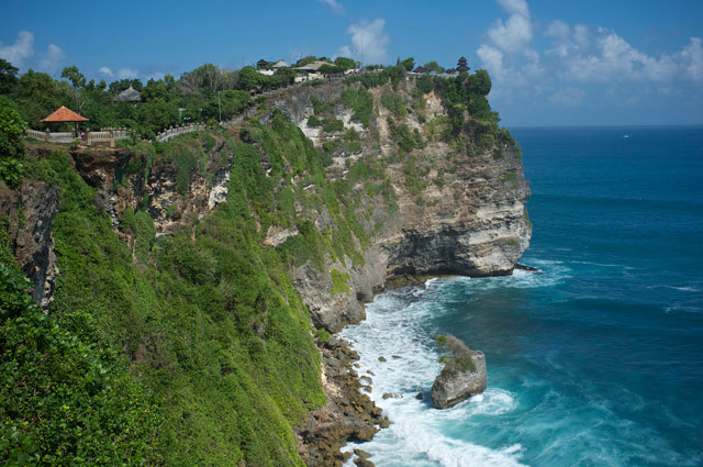 The high cliffs at Uluwatu offer sweeping panoramic views.