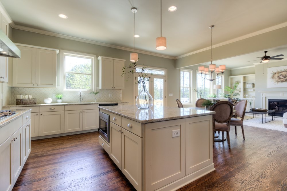 LG6 Kitchen 2.jpg