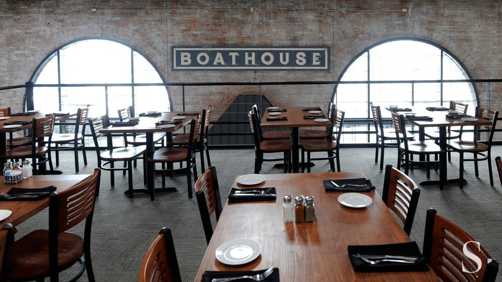 boathouse dining rm.jpg