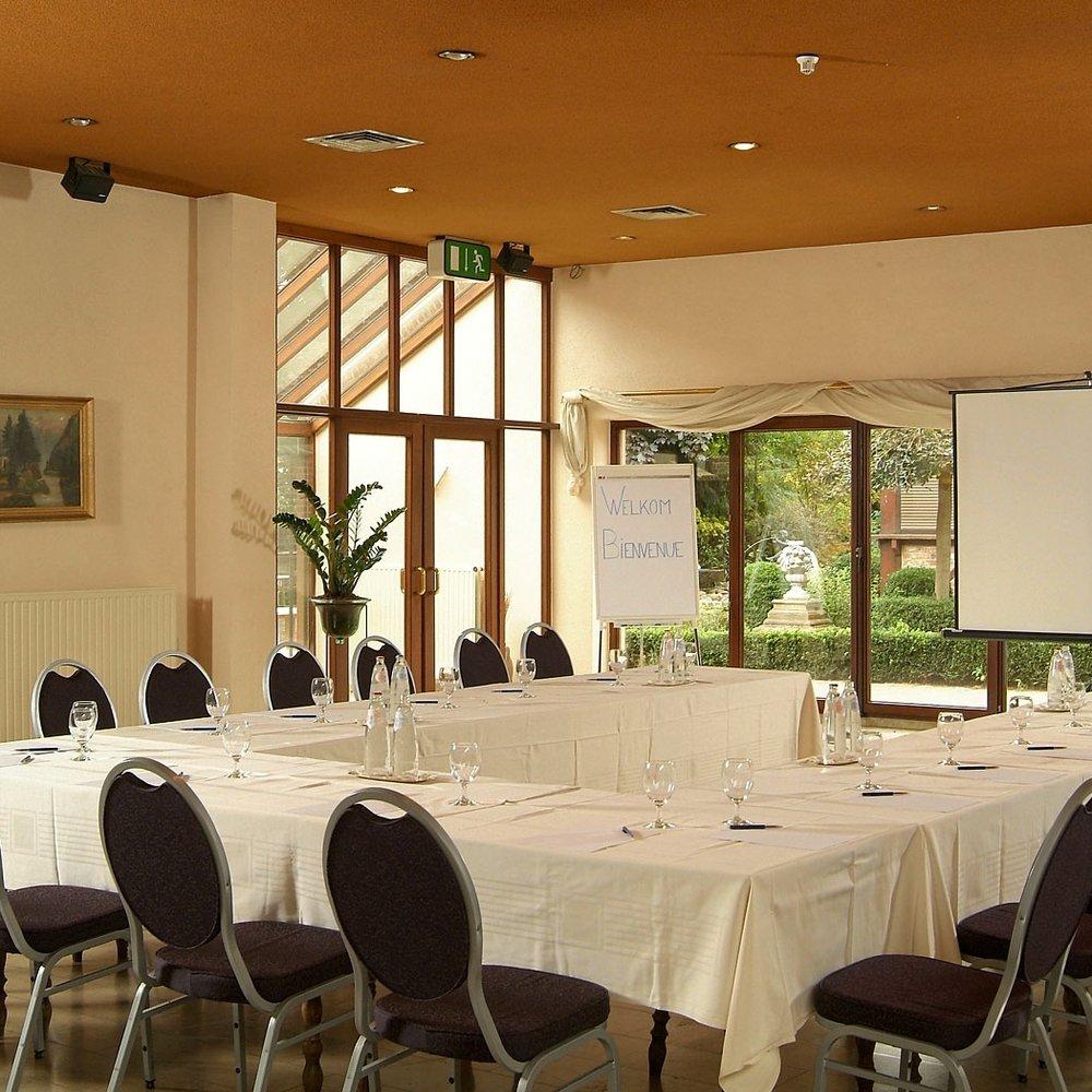 locatie-zaal-bedrijfsevenement-event-seminarie-limburg-28.jpg