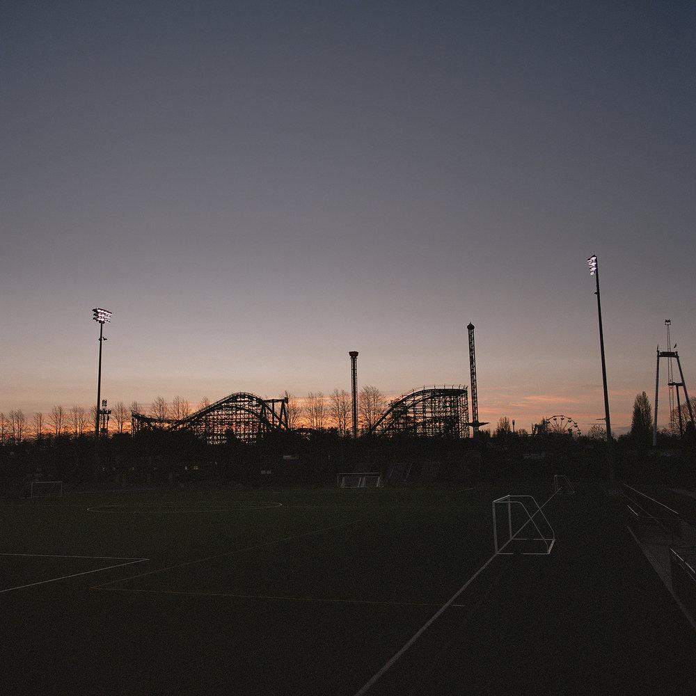 Empire_Roller_Coaster_II.jpg