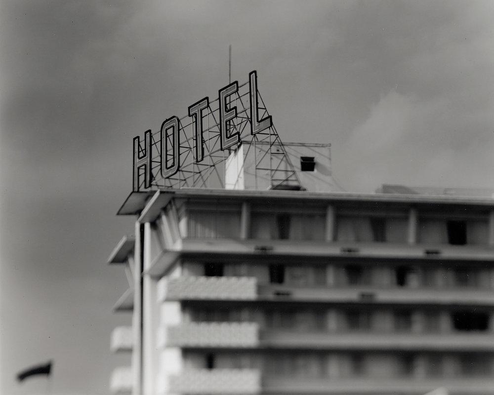 Royal Towers Hotel.jpg