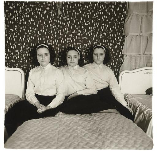 Arbus,  Triplets in their bedroom, N.J. 1963
