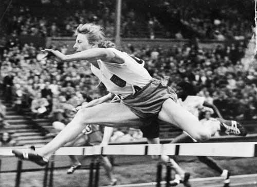Blankers-Koen in competition, 1948.