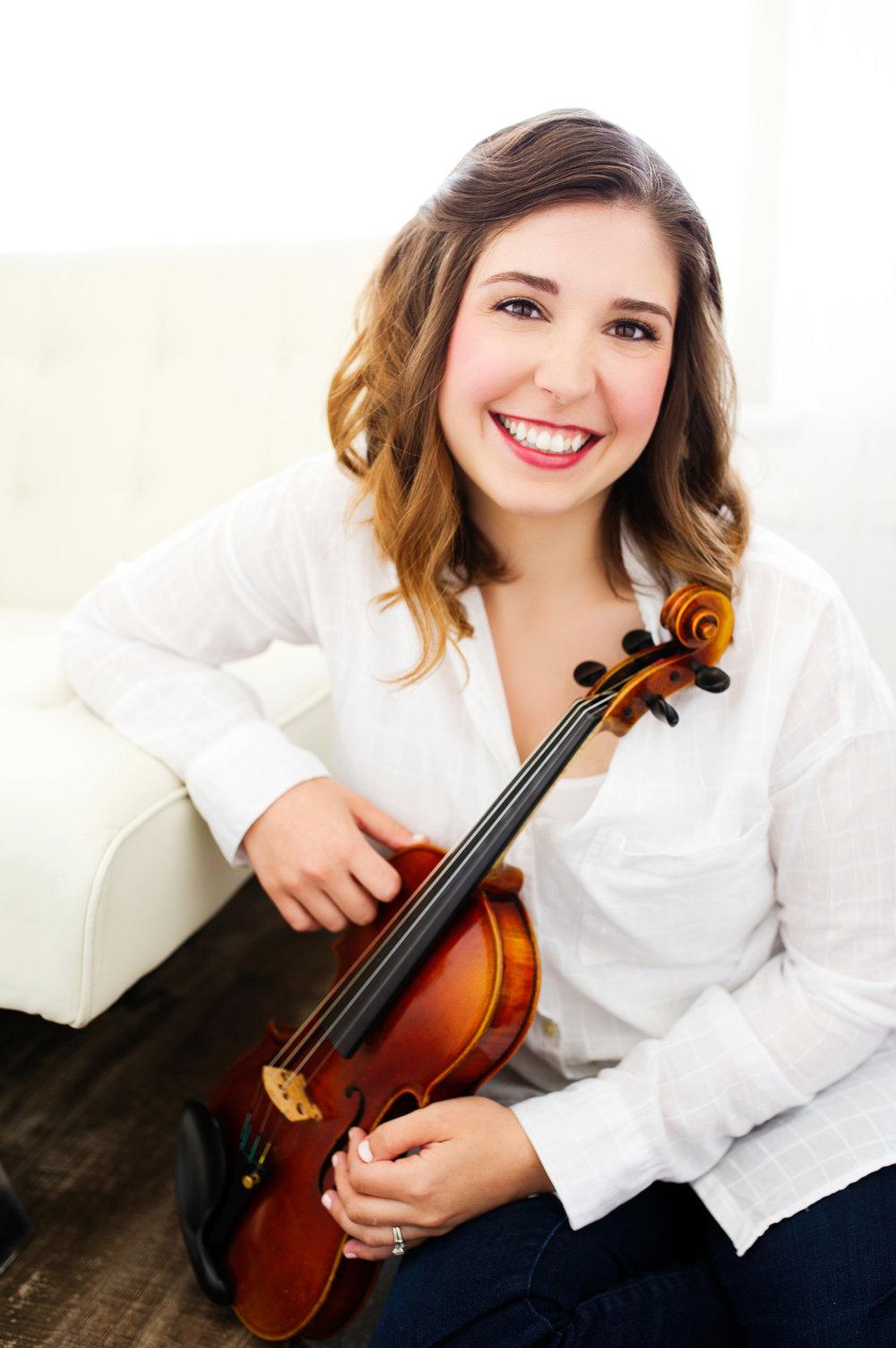 Abigail Peterson, Violin Teacher and Owner of Abellimento Violin Studio | Suzuki Violin Lessons, Milwaukee, WI