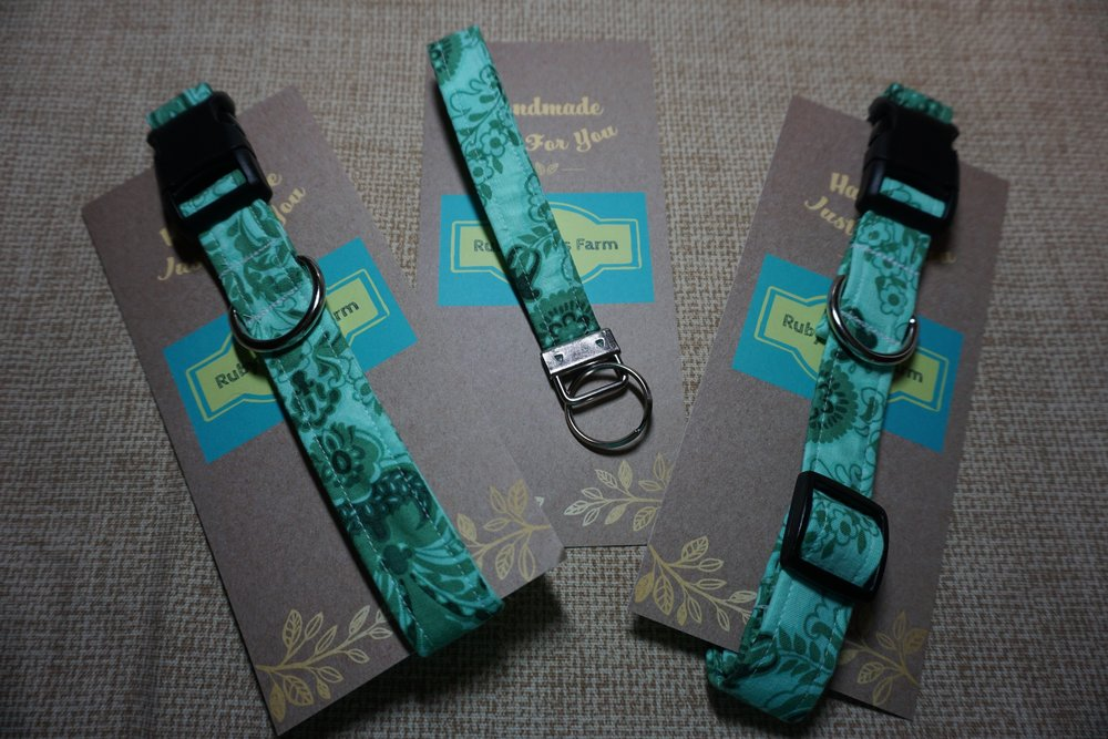 Key Fob, Large and Extra Large Collar.
