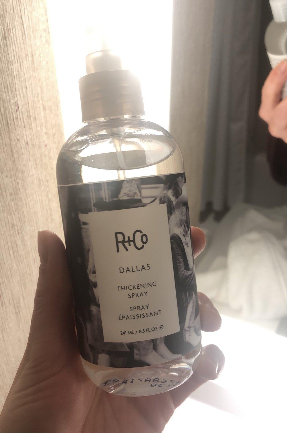 R + Co Dallas Thickening Spray -