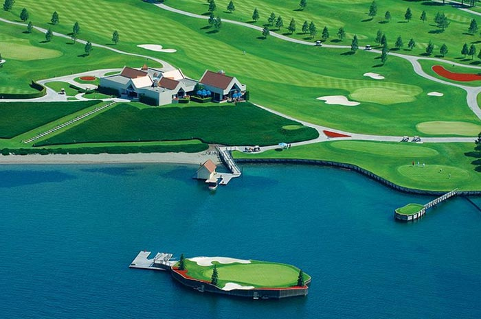 World-class golf course at the Coeur d'Alene Resort