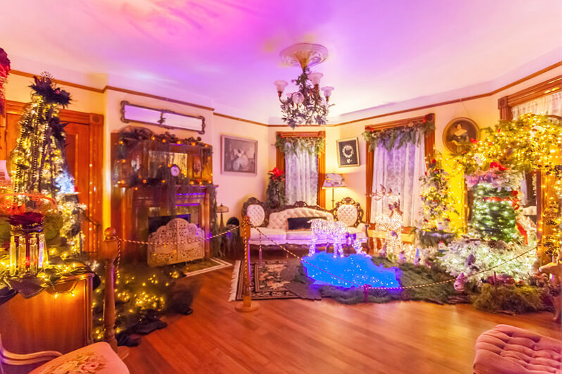 "I think of this room as the ""Central Holiday Room"" at the Victorian Belle. Yet so many could be called this? Image Courtesy: victorianbelle.com"